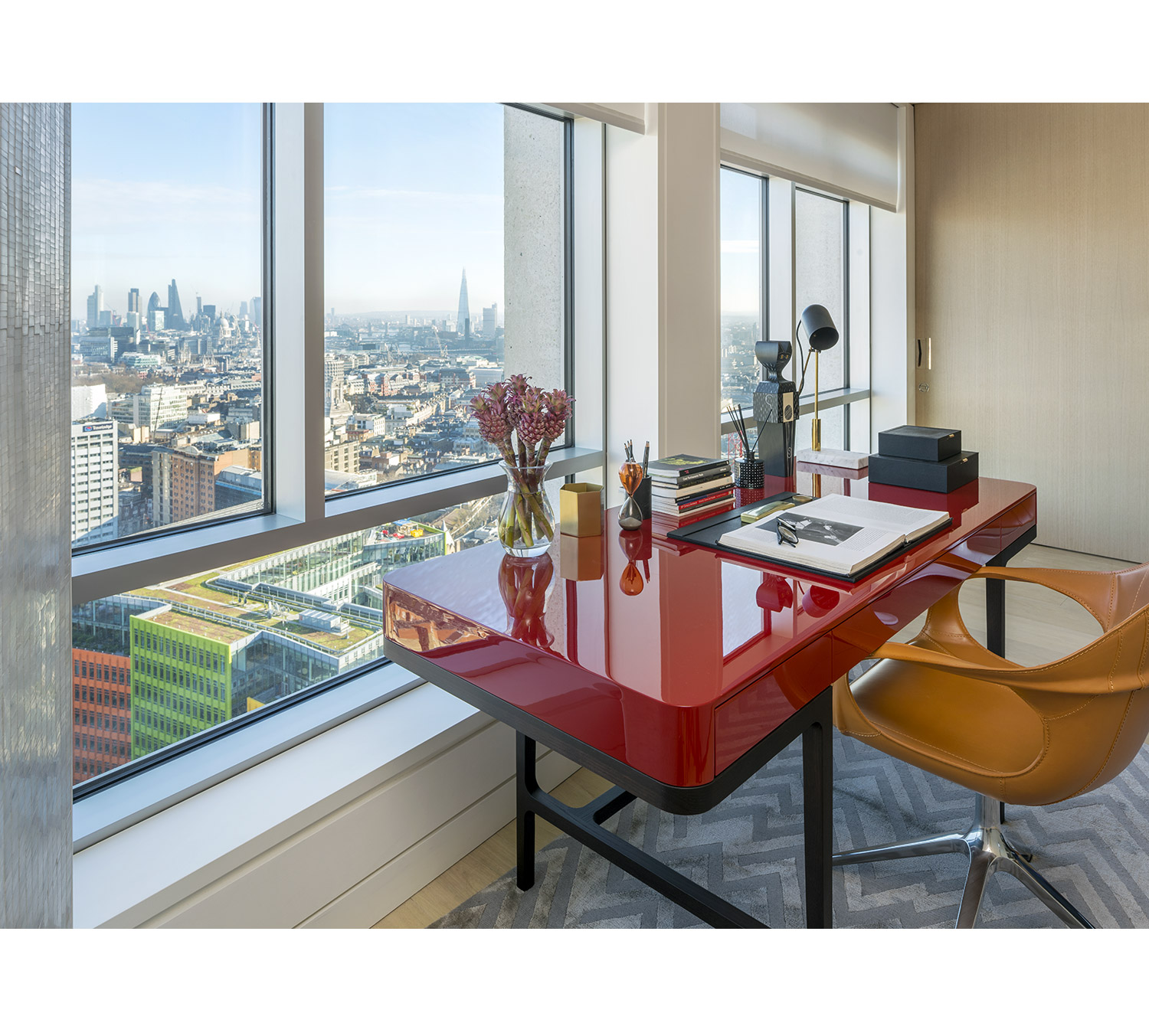 Centre Point Residences. Almacantar