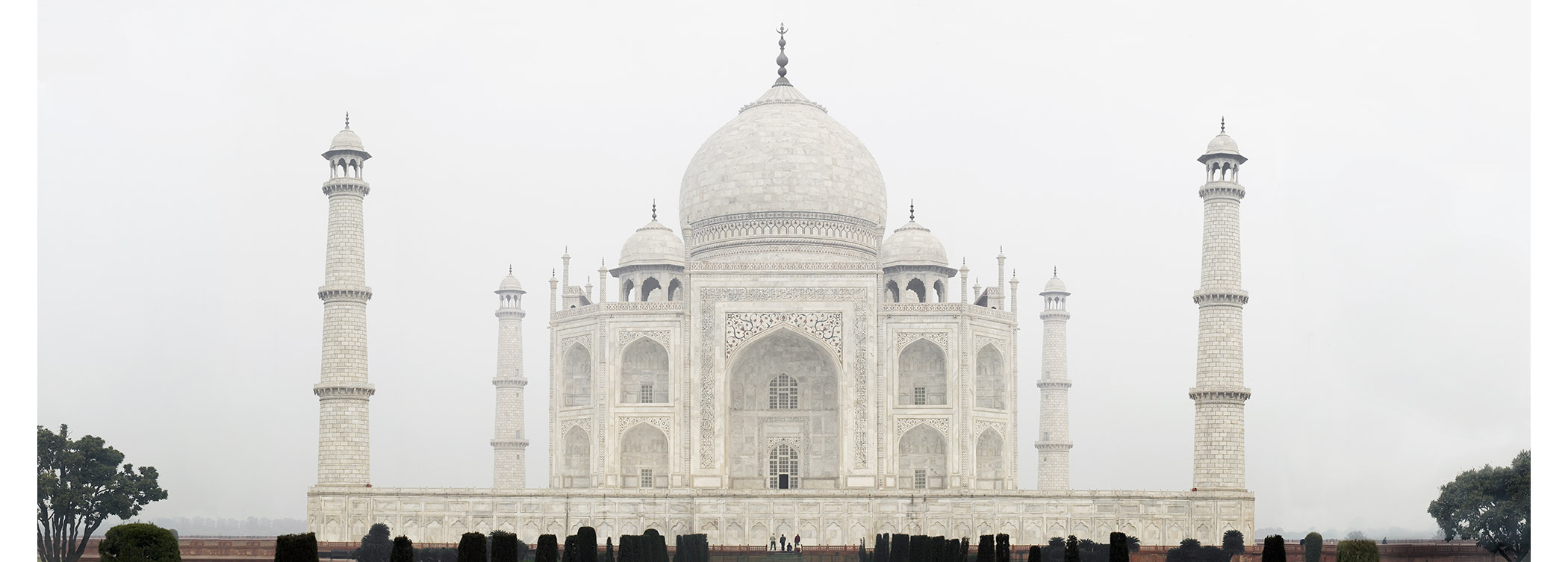 Paul Grundy. The Taj  Mahal